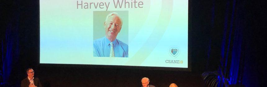 Dr Mayanna Lund awarding Professor Harvey White the New Zealand Cardiac Medal, 13 June 2019
